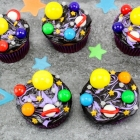 Galaxy Cupcakes and a Free Printable Solar System Matching Game