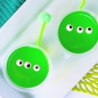 Easy Alien Jello Cup Snacks