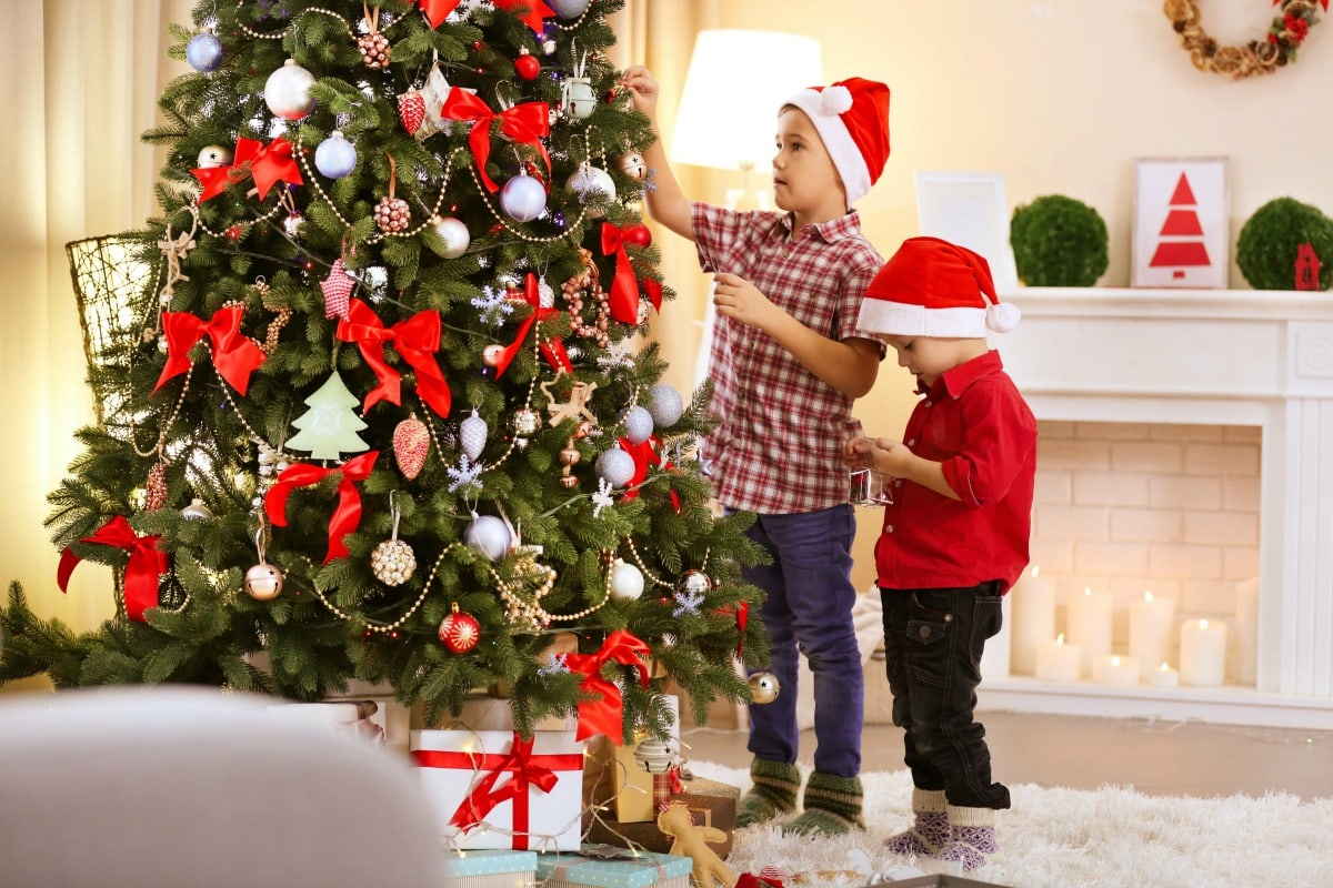 5 reasons i put up my christmas tree before thanksgiving life is sweeter by design - When Can I Put Up Christmas Decorations