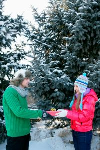 5 Reasons Exchanging Gifts with Your Spouse is Important