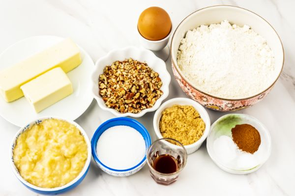 ingredients for banana bread cookies