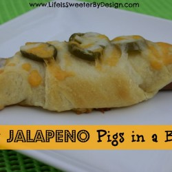 Cheesy Jalapeno Pigs in a Blanket