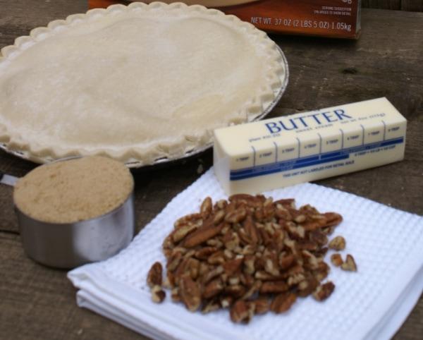 ingredients for upside down apple pecan pie