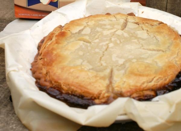 how to make Upside Down Apple Pecan Pie
