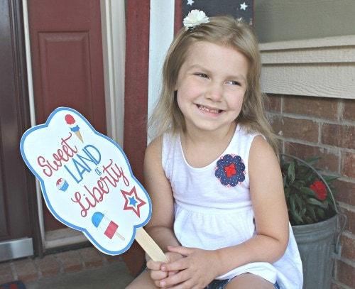 4th of July free printable fans to stay cool
