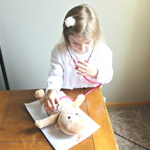 Easy Ways to Encourage Imaginative Play