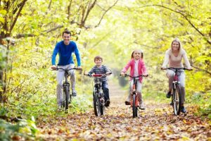 Fun Ways to Exercise With Your Kids