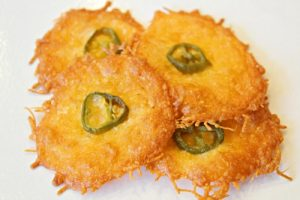 low carb jalapeno cheese crisps