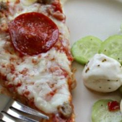 mozzarella and cucumber salad
