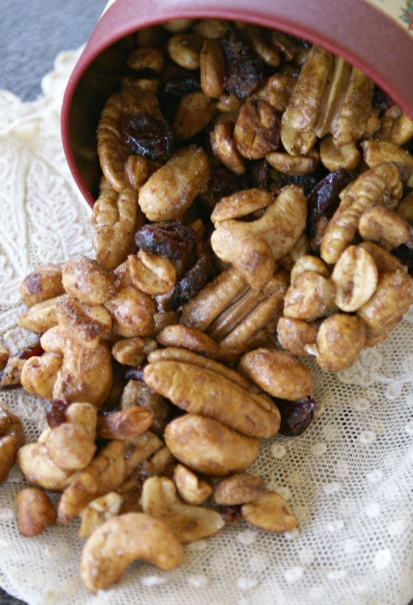 How to make spiced nuts in the microwave