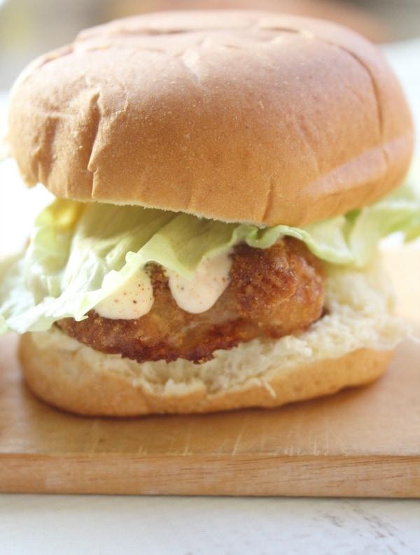 Crispy fish slider sandwich with cayenne ranch sauce