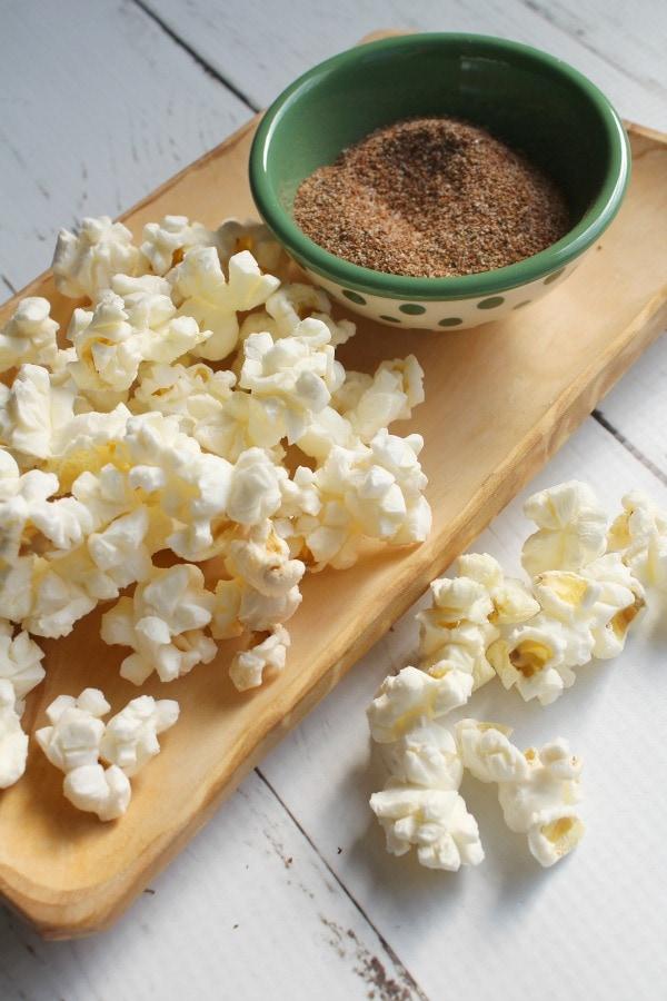 make your own Cajun Popcorn Seasoning