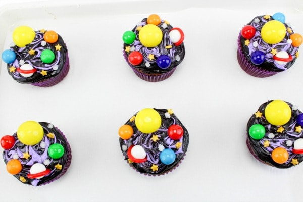easy DIY galaxy cupcakes