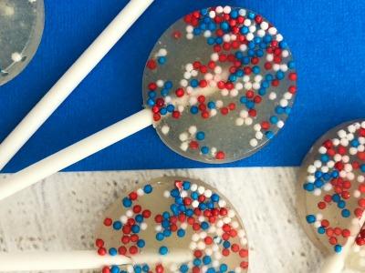 easy DIY patriotic lollipops