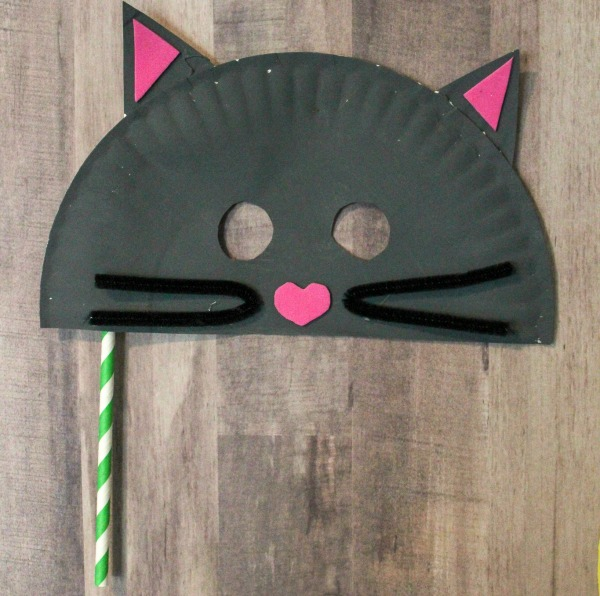 paper plate cat mask & Paper Plate Mask Craft for Kids - Life is Sweeter By Design