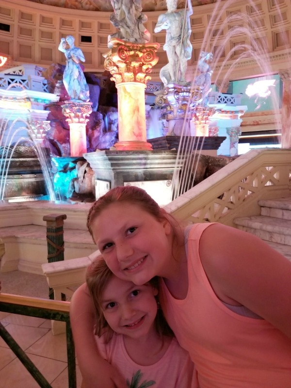 is it okay to take your kids to Vegas