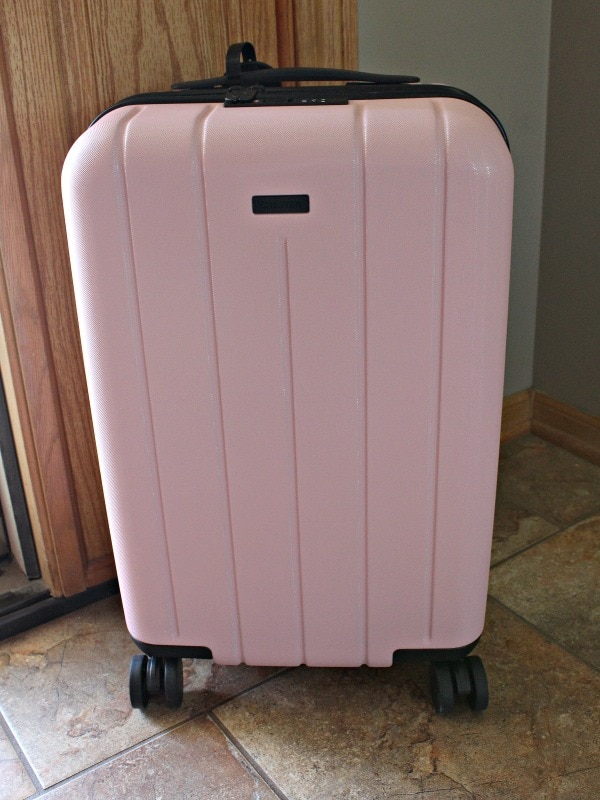 tips for picking the best carry on luggage