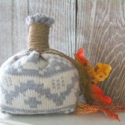 easy no sew DIY sweater pumpkin