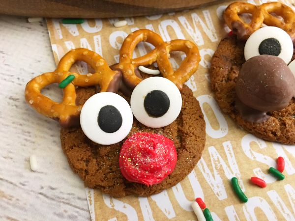 close up of reindeer gingersnap cookies