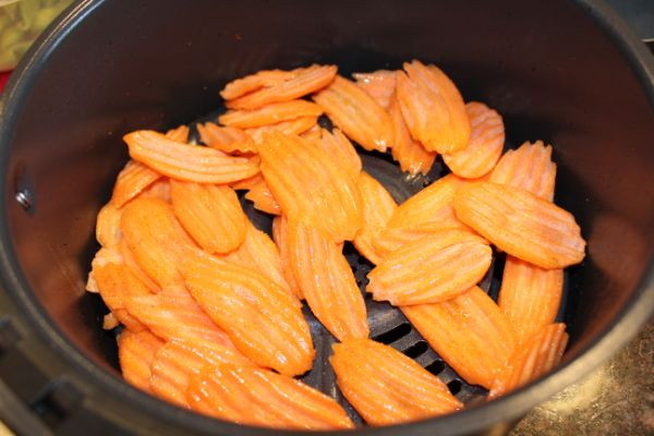 how to make air fryer carrot chips