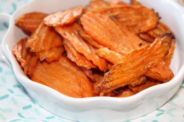 delicious seasoned air fryer carrot chips