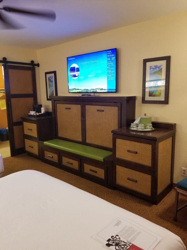 Disney Caribbean Beach Resort dressers