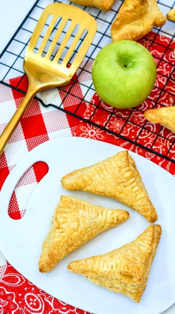 easy air fryer apple turnovers