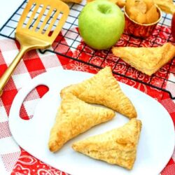 delicious air fryer apple turnovers