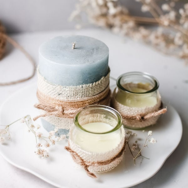 decorating candles with burlap