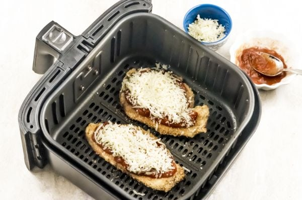 how to make chicken parm in the air fryer