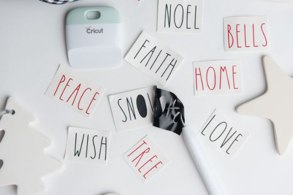 easy ways to make Easy DIY Rae Dunn Ornaments with Cricut